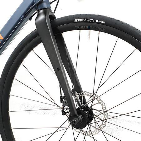 Vélo de route à freins à disqueRC120