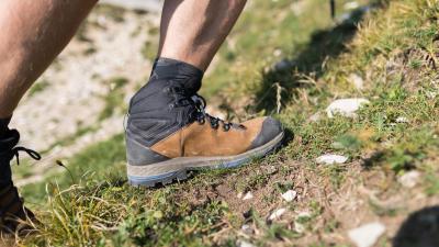 chaussures%20hautes%20de%20trek.jpg