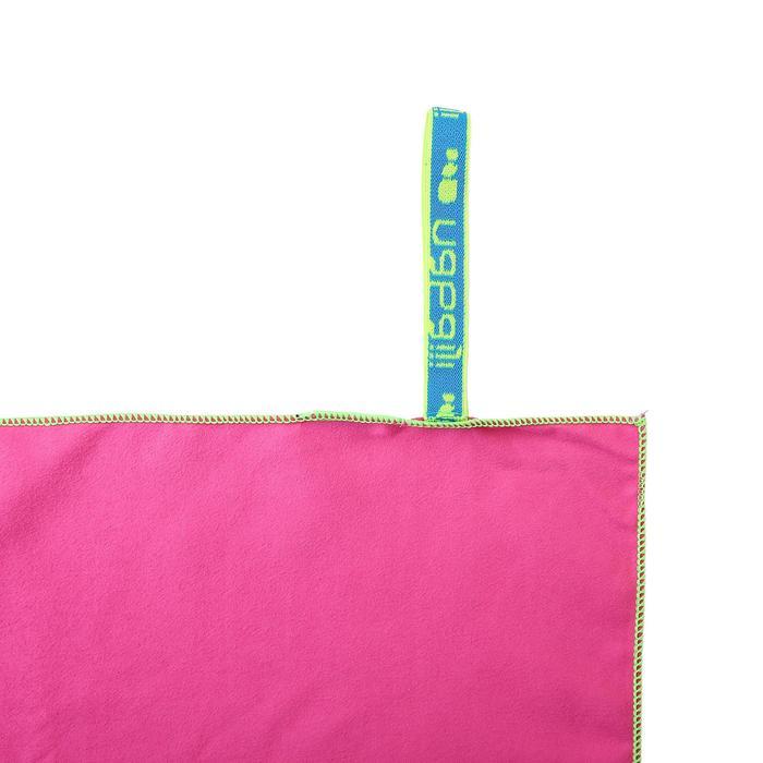 Microfibre Towel Size L 80 x 130 cm Pink unicorn print