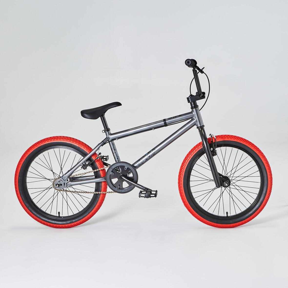 Rote BMX Reifen