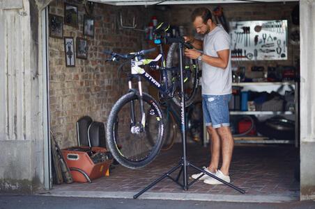 Pied d'atelier vélo 500 Décathlon