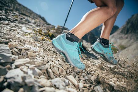 Tenis de senderismo en montaña para mujer MH500 Ciruela