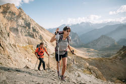 Women's MH500 mountain hiking short-sleeved t-shirt - Grey