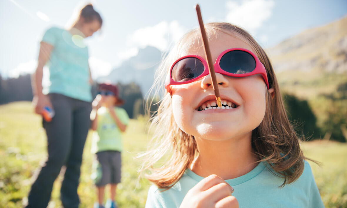 Choosing sunglasses for your child