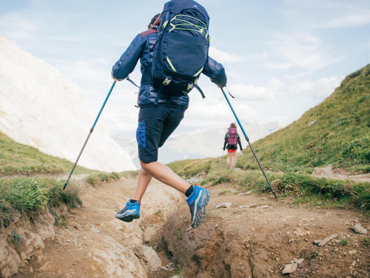 Tips från Quechua om hur du klär barnen på rätt sätt för vandringen