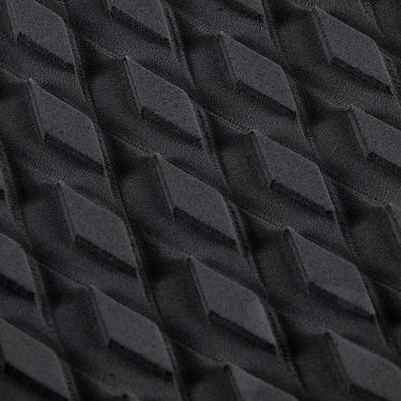 Bantalan hitam untuk kaki belakang papan selancar Anda