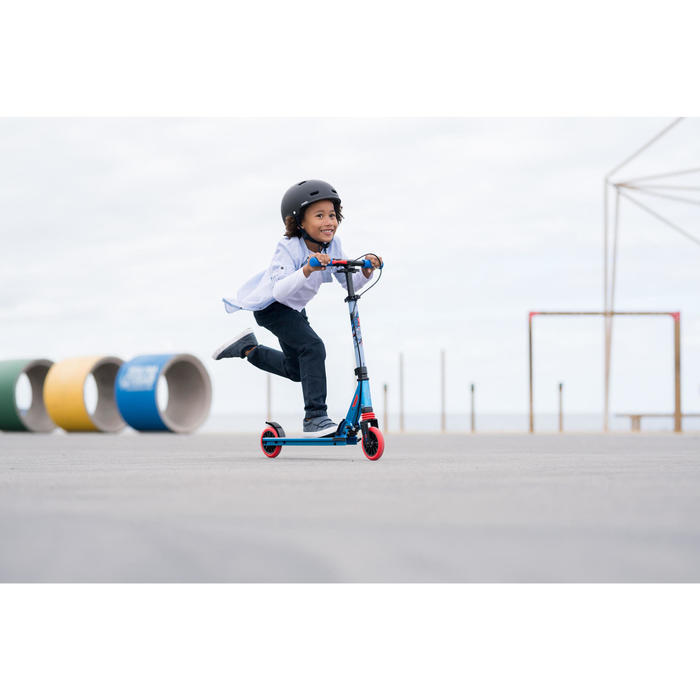 Kinderstep Mid 5 met rem aan het stuur en vering print super hero