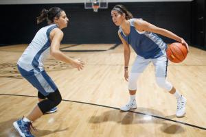 cc-tenue-basketball-femme