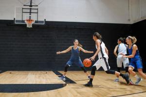 basket_tenue_femme