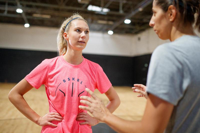 TS500 Women's Intermediate Basketball T-Shirt - Pink