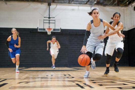 basketball-tenue-femme
