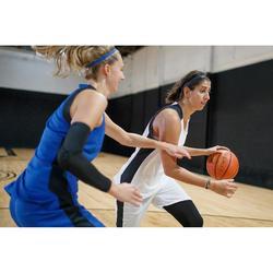 SHORT DE BASKETBALL FEMME BLANC NOIR SH500