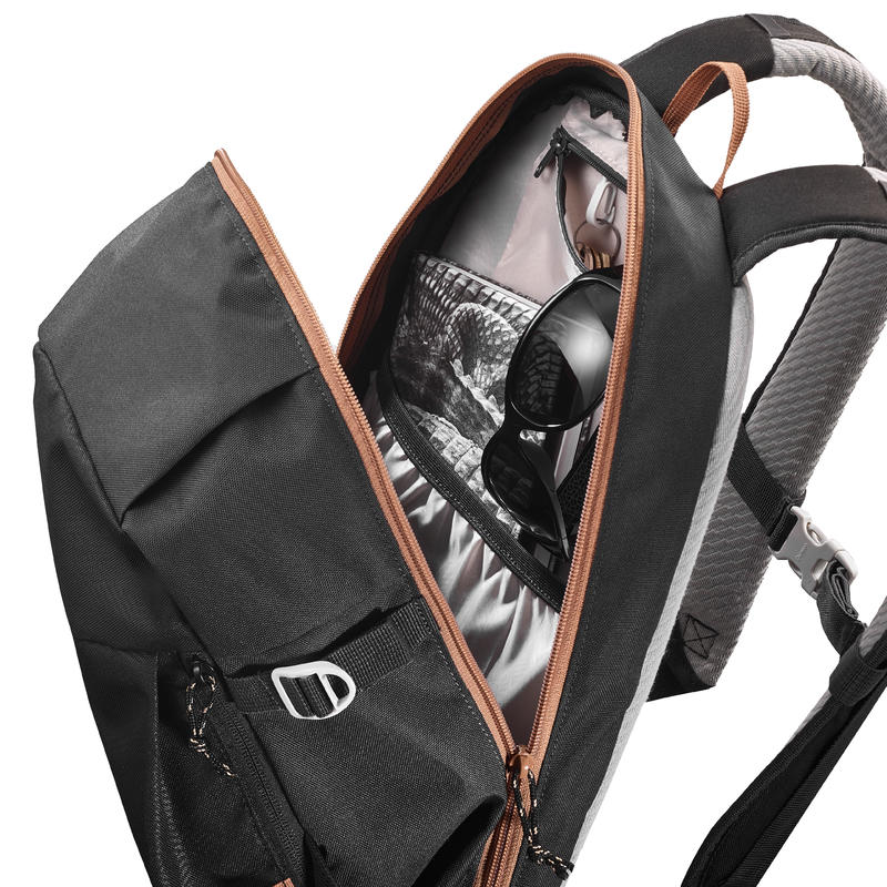 NH100 Country Walking Backpack 20L - Black