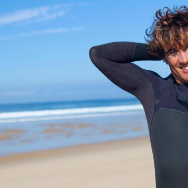 Comment choisir une combinaison néoprène de surf ?