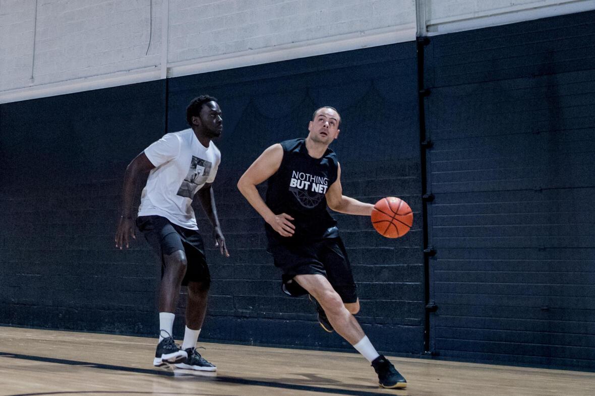 籃球 5 號位的進攻和防守