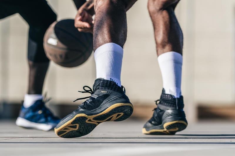 Men's High-Rise Basketball Shoes SC500 - Black/Gold