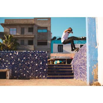 """Planche de skate DECK 100 taille 8.25"""" couleur bois et bleu."""