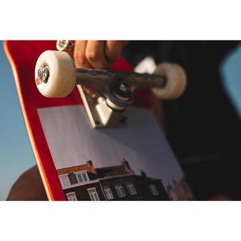 """Planche de skate DECK 120 taille 8.5"""" couleur rouge."""