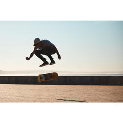 """Planche de skate DECK 120 taille 8.75"""" couleur noire."""