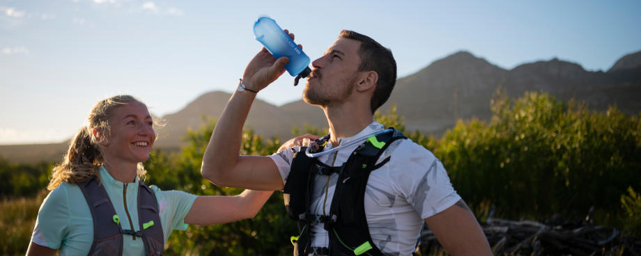 RUNNING   4 Tips to Stay Hydrated While Running