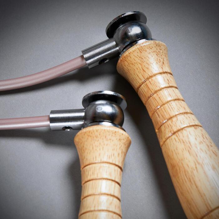 Springtouw in hout met afneembare gewichtjes voor boksen