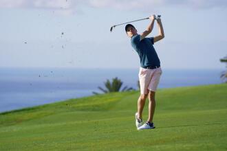 thumbnail-choosing-clubs-beginner-golf