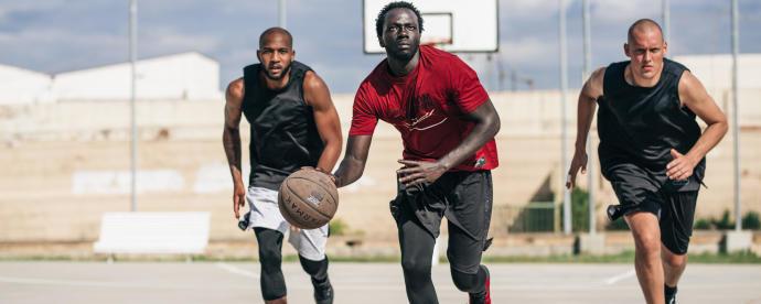 Basket : tout savoir sur le dunk