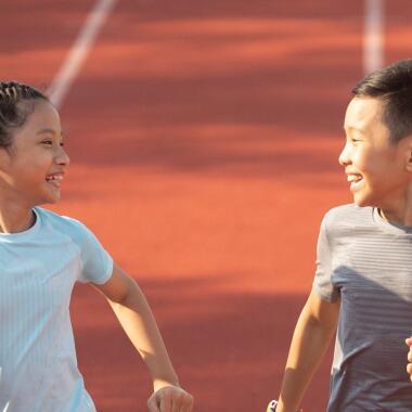 Schulsport Checkliste: Was in den Turnbeutel gehört