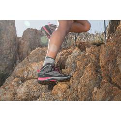 Chaussures de randonnée montagne femme MH500 Mid imperméable Gris Rose