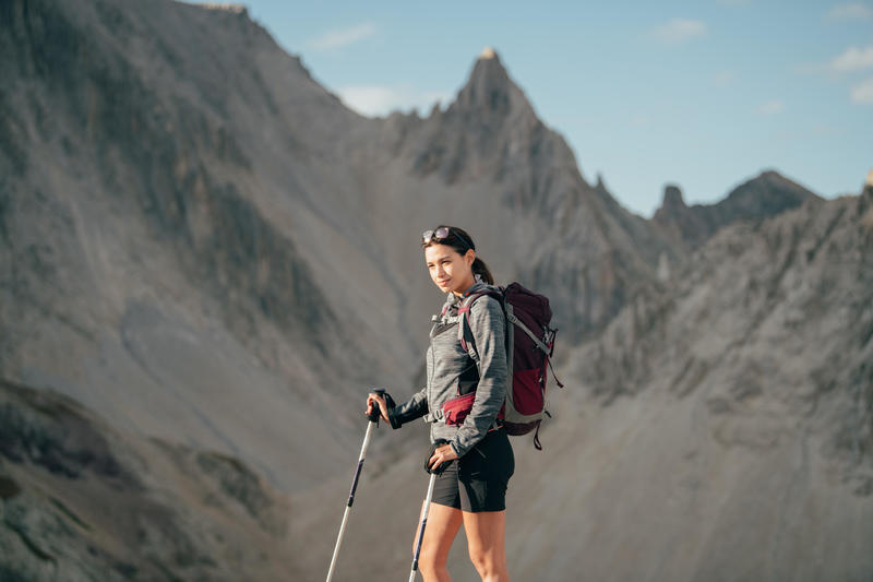 Pantalón corto de hiking montaña Mujer MH500 Negro