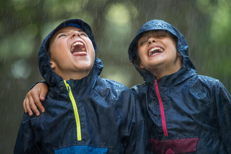 MH100 Children's Hiking Rain Jacket - Navy Blue and Pink