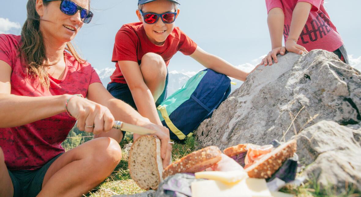 Comment s'alimenter et s'hydrater en randonnée ?
