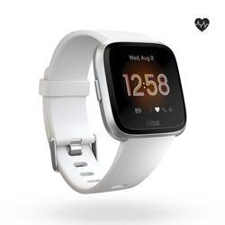 Smartwatch Versa Lite mit Pulsmesser am Handgelenk weiß