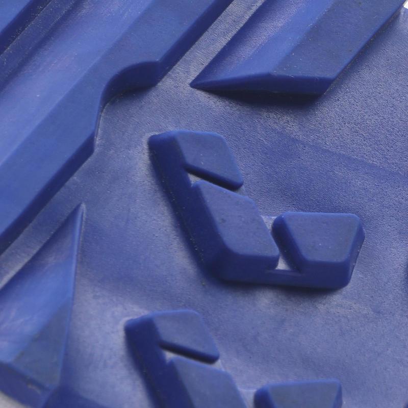 ADULT CRICKET SHOE CS 100 BLUE