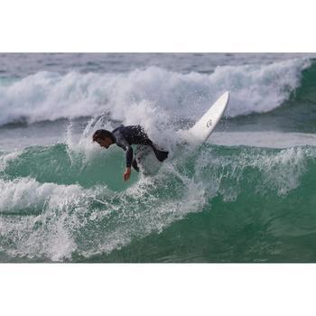 Foam surfboard 6' 900. Geleverd met 3 vinnen.