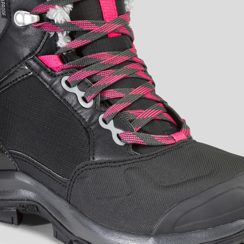 รองเท้าหุ้มข้อผู้หญิงสำหรับเดินท่ามกลางหิมะที่มีคุณสมบัติกันหนาวและกันน้ำรุ่น SH520 X-WARM (สีดำ)