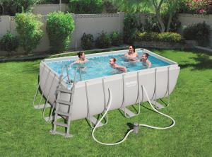 Como tratar da sua piscina