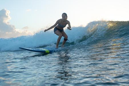 Boardshort de surf mujer TINI ETHNI con cintura elástica y cordón de ajuste