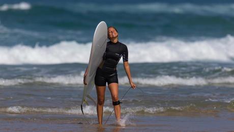 combinaison_surf_estivale_eau_chaude