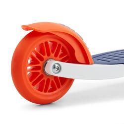 Step met lichtgevende wielen