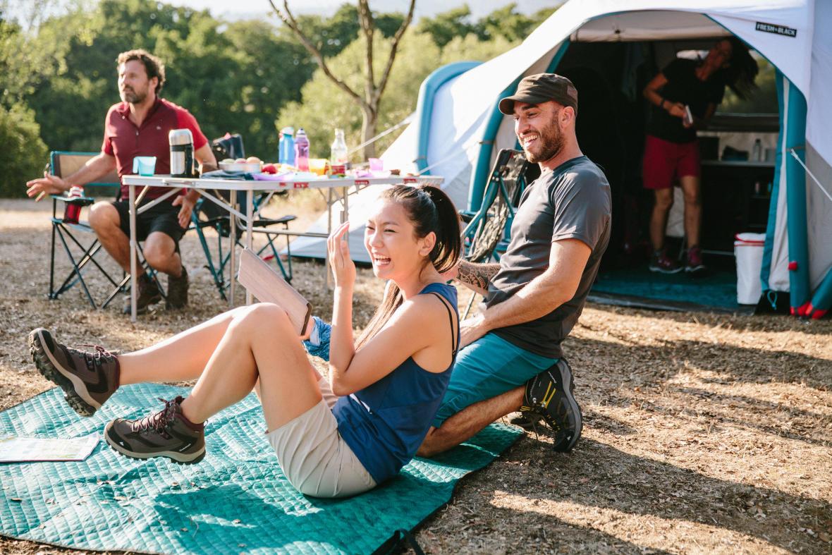 迪卡儂充氣帳篷