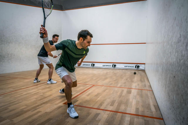 Discover squash, a sport mix of endurance and agility ...