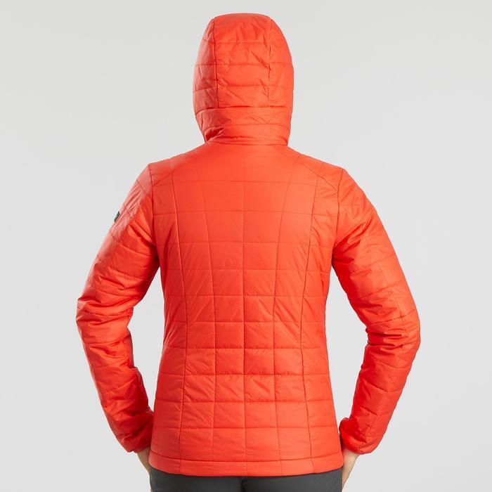 Gewatteerde jas met capuchon voor bergtrekking dames Trek 100 rood