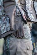 ÎMBRĂCĂMINTE CAMUFLAJ VÂNĂTOARE LA PÂNDĂ/PRIN ÎNCERCUIRE Imbracaminte - PANTALON Vânătoare 300  SOLOGNAC - FEMEI