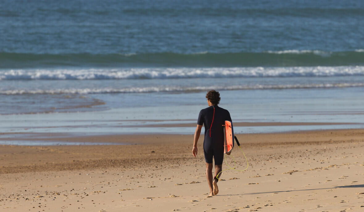 Surfing | Top 3 benefits of surfing in winters