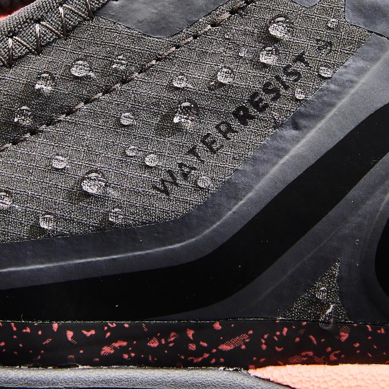 รองเท้าผู้หญิงสำหรับใส่เดินเพื่อสุขภาพรุ่น PW 580 WaterResist (สีเทา/ส้ม Coral)