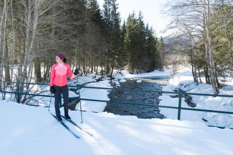 femme ski de fond classique
