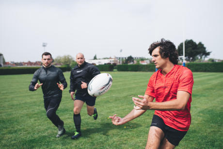 offload-rugby-les-ballons-de-rugby-club