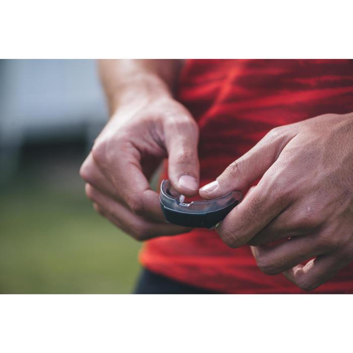 Protège dents rugby R500 Taille S noir ( joueur(se) < à 1.40M )