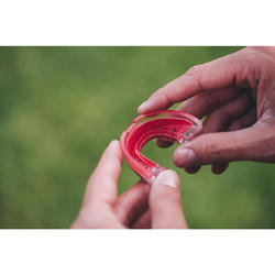 Protège dents rugby R500 Taille M rouge (joueur(se) de 1.40M à 1.70M)